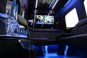 las-vegas-strip-club-limo